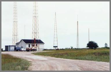 Nice shot of the WLC building and antenna field - ca. 1997